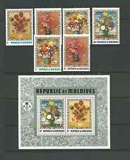 Maldives 1973 Floral Painting SG428-33 + MS434 mnh. Cat.£14