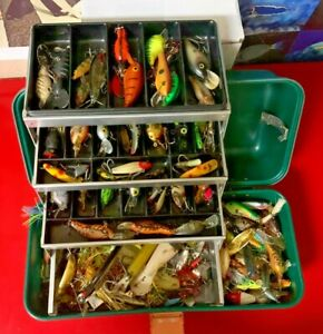 Vintage Umco GreenTackle box LOADED TO THE MAX WITH LURES More than 100 + Lures