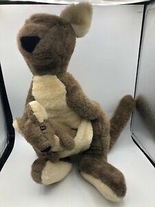 Vintage 1985 R Dakin Australian Kangaroo Joey Brown Plush Stuffed Toy Animal