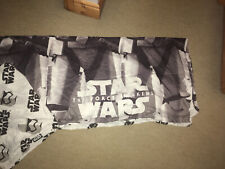 STAR WARS REVERSIBLE THE FORCE AWAKENS SINGLE DUVET SET IN GREAT CONDITION