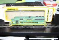 HO scale Bachmann EMD GP 20 Reading Diesel Locomotive USED & Weathered cab 3672