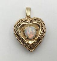 Ladies Estate 14K Yellow Gold Opal Heart Picture Frame Locket Pendant   20 grams