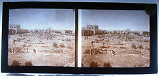 Photo stéréoscopique photographie colonies Afrique 1900 place et tas de bois