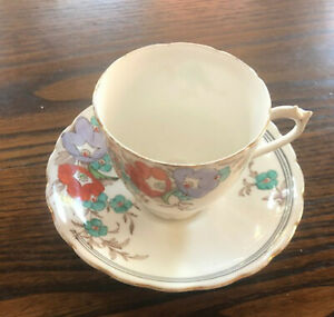 Vintage Plant Tuscan Fine Bone China Tea Cup & Saucer - Made In England
