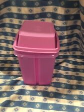 TUPPERWARE New PICK-A-DELI CONTAINER Strainer Lift Pickles Peppers Olives No BPA