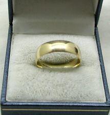 Ladies / Gents 9ct Gold Plain Wedding Ring 6mm in Width