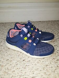 Womens Size 7 Purple Adidas Sneakers great condition