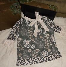 Owls and Bats Ivory Gray Tan Floral Flower Floral Paisley Tunic Dress Size 6