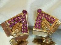 Cool Pink Rhinestone Modernist Vintage Clip Gold Tone Earrings 58N6