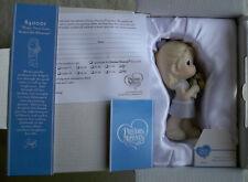 2009 Precious Moments Mom Your Love Makes Me Blossom MIB Girl Figurine 840001
