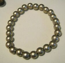 Very pretty dainty elasticated beaded bracelet with gold beads