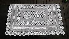 Handarbeit seltene Kunststrick-Spitzendecke 145 x 110 mit 76 großen Rosetten
