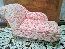 PINK FLOWER CHAISE LOUNGE JEWELRY BOX
