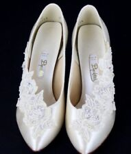 Dyeable's vintage women's nouveau satin shoes Ivory pearls wedding size 7B