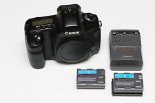 Canon EOS 5D 12.8MP DSLR Body, 2 OEM Batteries & Charger, Eg-S precise screen Ex