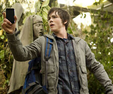 Logan Lerman UNSIGNED photo - G677 - Percy Jackson