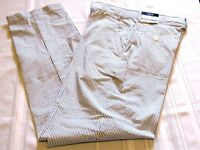 IZOD YOUTH BOYS PINSTRIPE FLAT FRONT STRETCH PANTS SIZE 16 NEW WITH TAGS