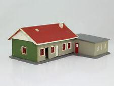 H0 Faller 94401 Wohnhaus Holzhaus Schwedenhaus mit Garage fertig aufgebaut