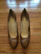 Evins Vintage Camel Brown Shoes Heels Women's 9.5 Twist Beautiful!!!