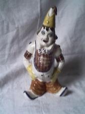 clown porcelaine - tres bon etat - decoratif - hauteur 30 cm