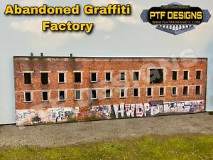 S Scale ABANDONED GRAFFITI FACTORY Building Flat/Front LEDs MTH Lionel