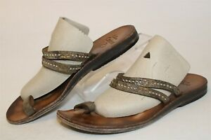 Calleen Cordero Womens 9 Studded Hand Made Leather Toe Loop Thongs Sandals Shoes