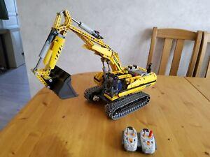 Lego technic 8043 excavatrice motorisée