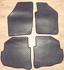 DACIA LOGAN 2013 ONWARDS TAILORED Rubber Car Mat Set Black With Black Trim