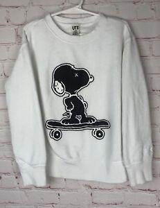 KAWS x Peanuts Uniqlo UT Joe Kaws Cool Kids 7-8 Medium Sweatshirt Snoopy