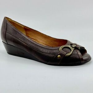 Women's New Nurture by Lamaze Brown Leather Peep Toe Slip-On Wedge Shoes Size 7M