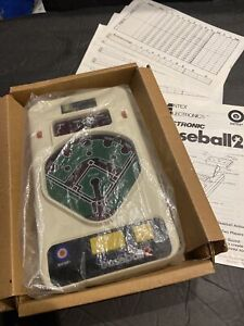Vintage 1979 ELECTRONIC BASEBALL 2 Handheld Game - WORKING W/NEW BATTERIES & BOX