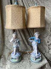 SUPERB PAIR OF LAMPS WITH ANTIQUE PORCELAIN FIGURINES/FIGURINES PORCELAINES/XXL