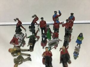 Vintage HO Scale Model Railroad Metal / Lead Figures 1 Lot of 14 figures