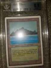 Tropical Island 1993 Unlimited Magic: the Gathering MtG BGS 8.5 (NM-MT+)