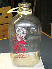 VINTAGE 1950-60's GREAT WESTERN GLASS 1/2 GALLON JUICE BOTTLE W/ PLASTIC HANDLE