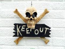 Tenir hors Signe Grand Pirate Crâne & Crossbones porte en bois mural