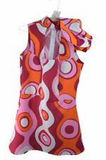 Komplettkostüme der 1970er für Damen