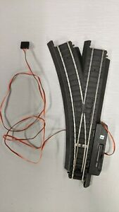 HO SCALE LIFE-LIKE POWER-LOC LEFT HAND REMOTE SWITCH TRAIN TRACK. #583208.