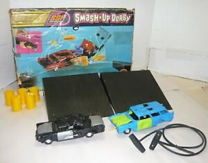 VINTAGE 1970'S KENNER SSP SMASH UP DERBY '57 CHEVY & '57 FORD W/BOX