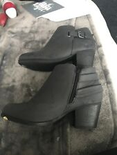 Ladies Grey Ankle Boots. Size 7. New Look. Brand New. Wide fit.