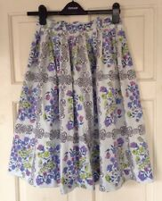Vintage 1950s floral and scroll print full skirt Dirndl cotton S
