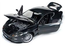 ASTON MARTIN DBS Coupe James Bond 007 Quantum of Solace Autoworld Ertl 1:18