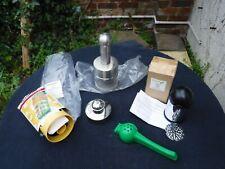 Lot of Kitchen Items. Pineapple Corer, Chopper, Grater, Pastry Cut-N-Seal, +....