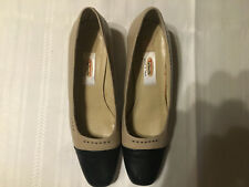 Talbots Beige Black Toe Wedge Heels Leather Made in Italy Women's Shoe Sz.6.5 N