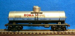Red Caboose HO Scale Roma Wine 10,000 Gallon Tank Car Type 103W
