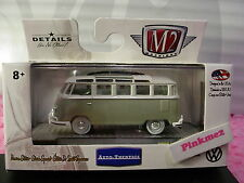M2 Machines 1962 VW MICROBUS DELUXE USA MODEL∞Gray/White Volkswagen Bus∞VW04