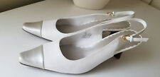 VILLAGER a Liz Claiborne Co. Womens White Leather Slingback Heels Pumps Sz. 9 M