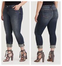 1d060c2f861 Torrid Cropped Capri Premium Stretch BOYFRIEND Jeans Medium Wash 3x 22   59519