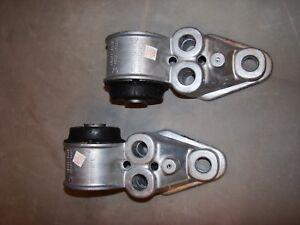 1 pair  DEA Axle Beam Mount fits 1998-2005 Volkswagen Passat