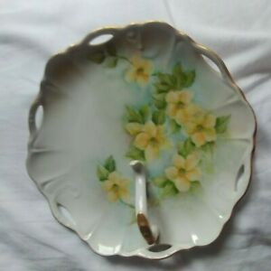 """APP 7"""" NICE NAPPY HAND PAINTED YELLOW FLOWERS GOLD TRIM MASON MICH"""